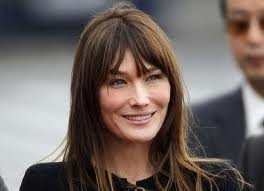 Carla Bruni: i chili in pi sono dovuti alla dolce attesa, diventer mamma per la terza volta